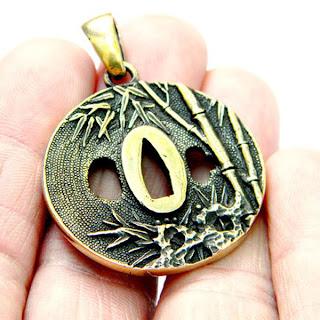 купить кулон в виде цубы япония восток бронзовые украшения