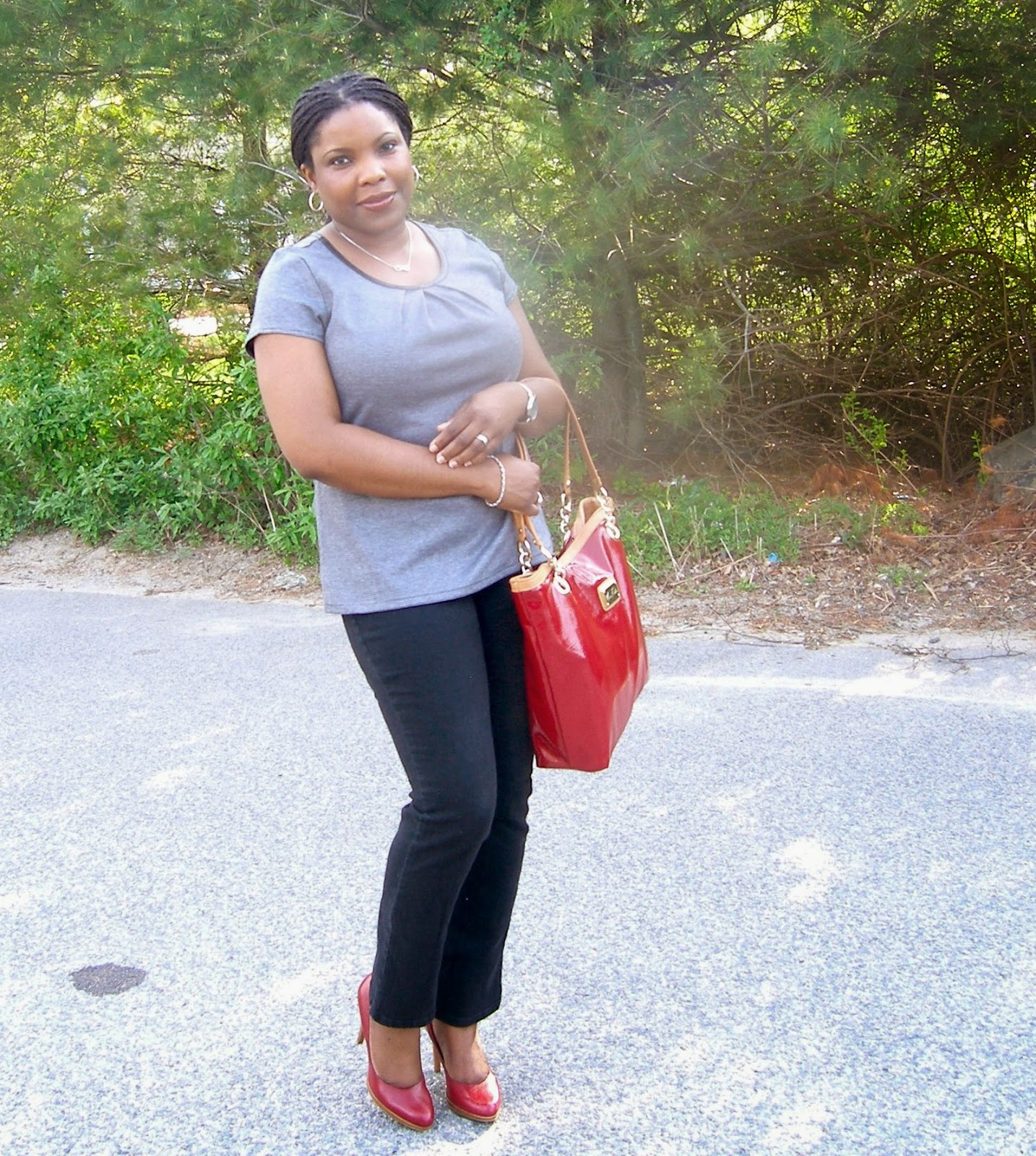 Red Tote, Marc Fisher Tote, Nine West Regola, Comfortable pumps, Skinny jeans that fit