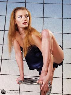 twerking girl - rs-pb272163-719468.jpg