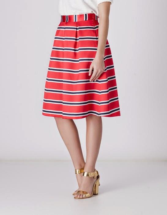 falda navy roja