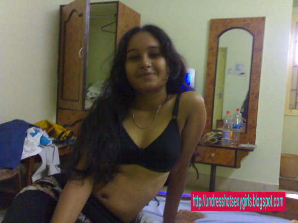 nude bangladeshi film girl pictures