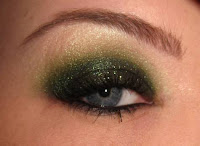 beautiful green makeup