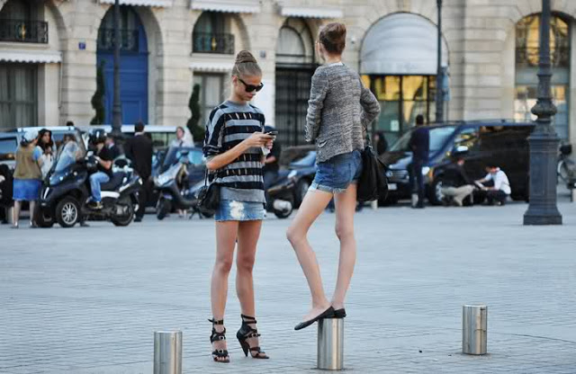 Models Off Duty - denim skirt