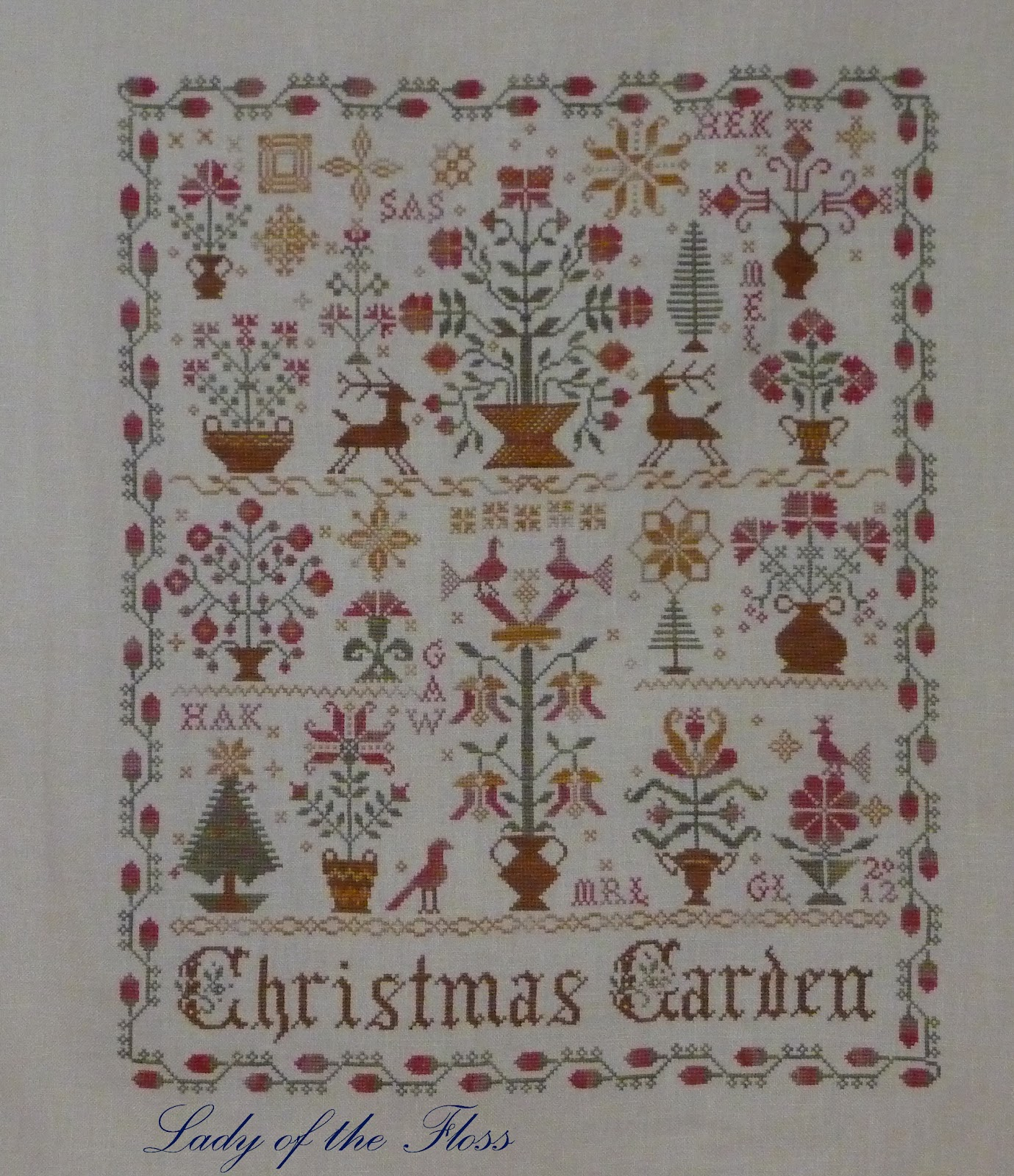 Lady of the floss april 2012 for Christmas garden blackbird designs