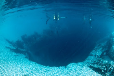 Diving in Great Blue Hole Belize photo