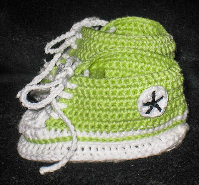 crocheted converse baby booties