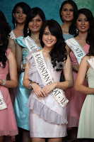 YOUTUBE MISS INDONESIA 2013 VANIA LARISSA Video Final Miss Indonesia Tahun 2013