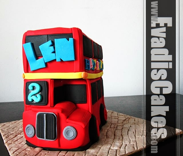 Front view picture of London bus sculpture cakes