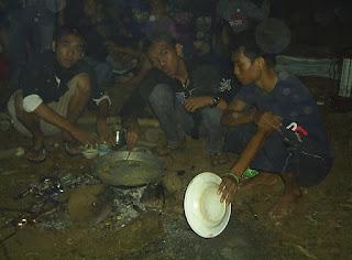 kolasi camping untuk pemula Air Terjun Parangloe