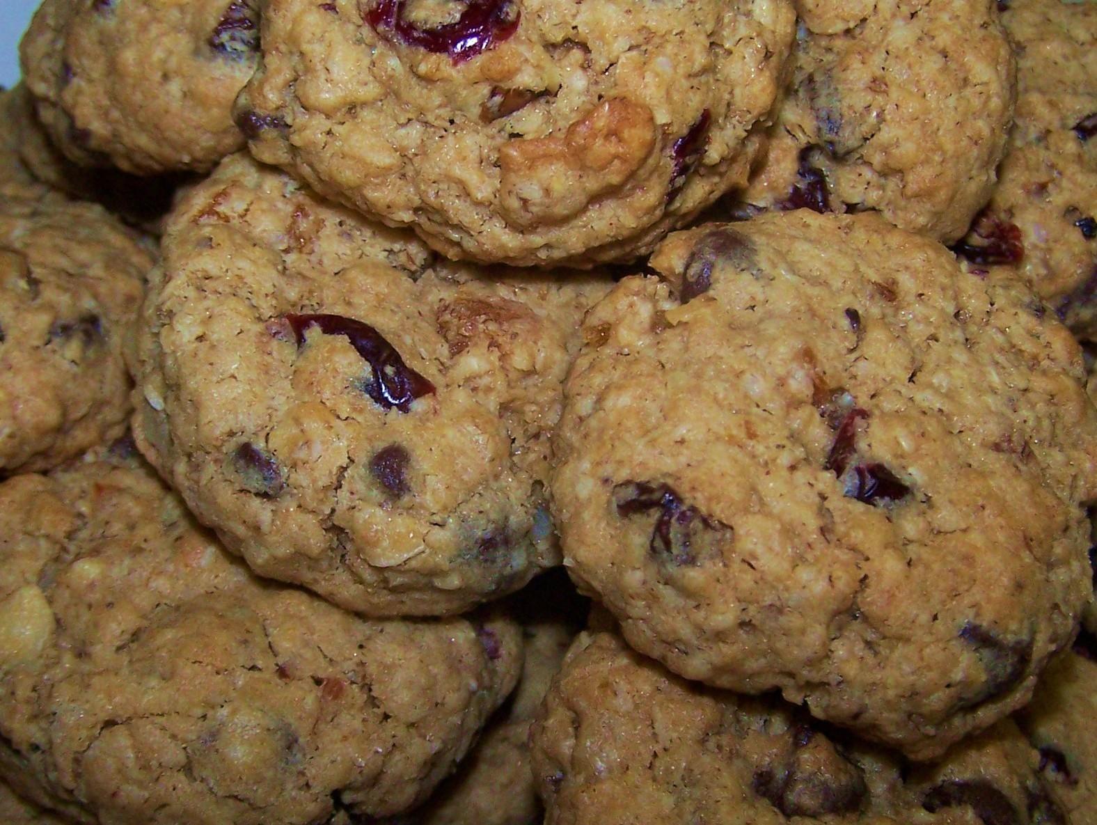 EZ Gluten Free: Loaded Oatmeal Breakfast Cookies