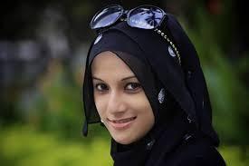 muslimah cantik luar dalam