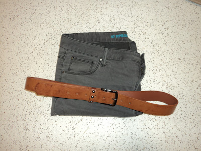 Grey Skinny Jeans and Brown Belt