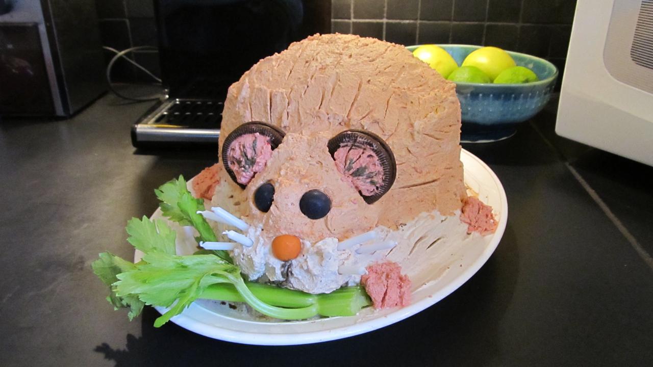 Royalforest Hamster Cake - Hamster birthday cake