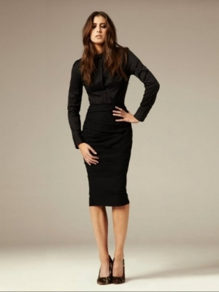 Black pencil skirt and top – Modern skirts blog for you