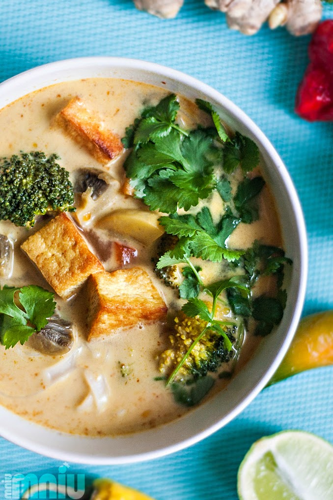Mniumniu Kuchnia Roslinna Zupa Tajska Z Tofu I Mlekiem Kokosowym