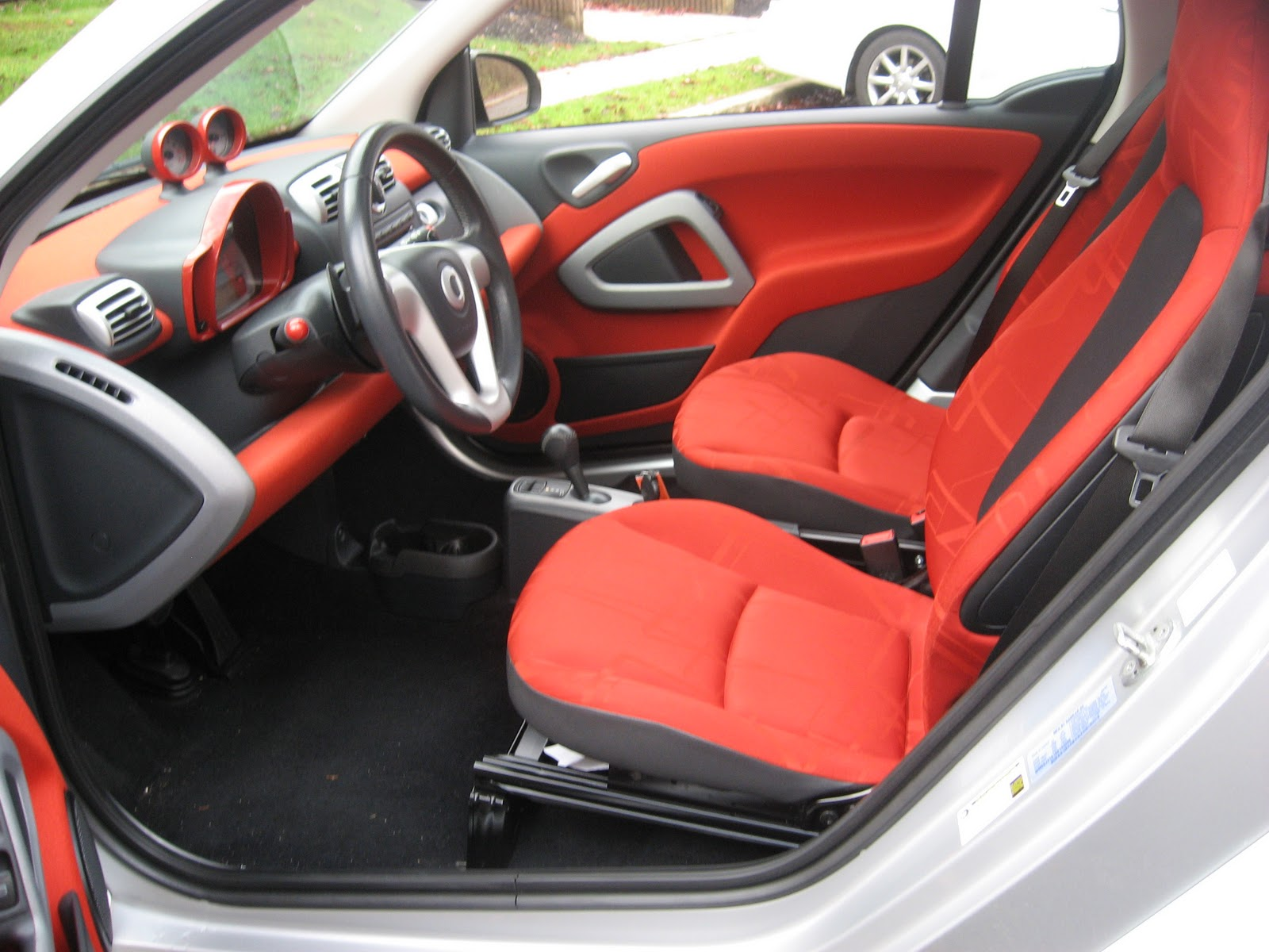 pumpkin fine cars and exotics 2008 smart fortwo passion. Black Bedroom Furniture Sets. Home Design Ideas