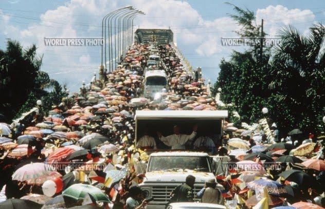 1981029 - Pope John Paul II Visits Cebu, Philippines (1981) - Philippine Photo Gallery