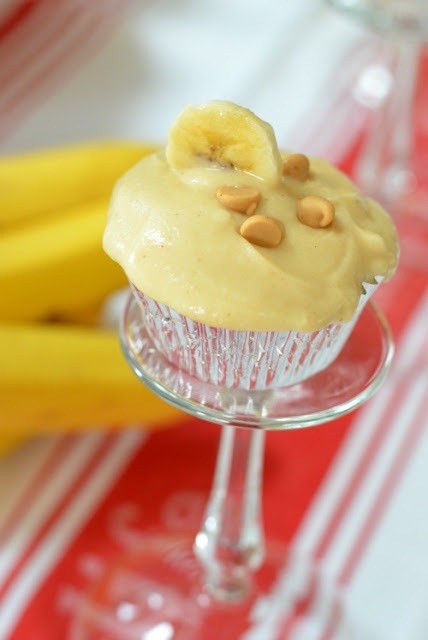 Peanut Butter Mascarpone Frosted Banana Cupcakes