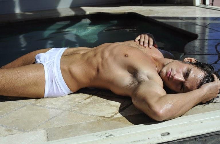 hot+model+naked