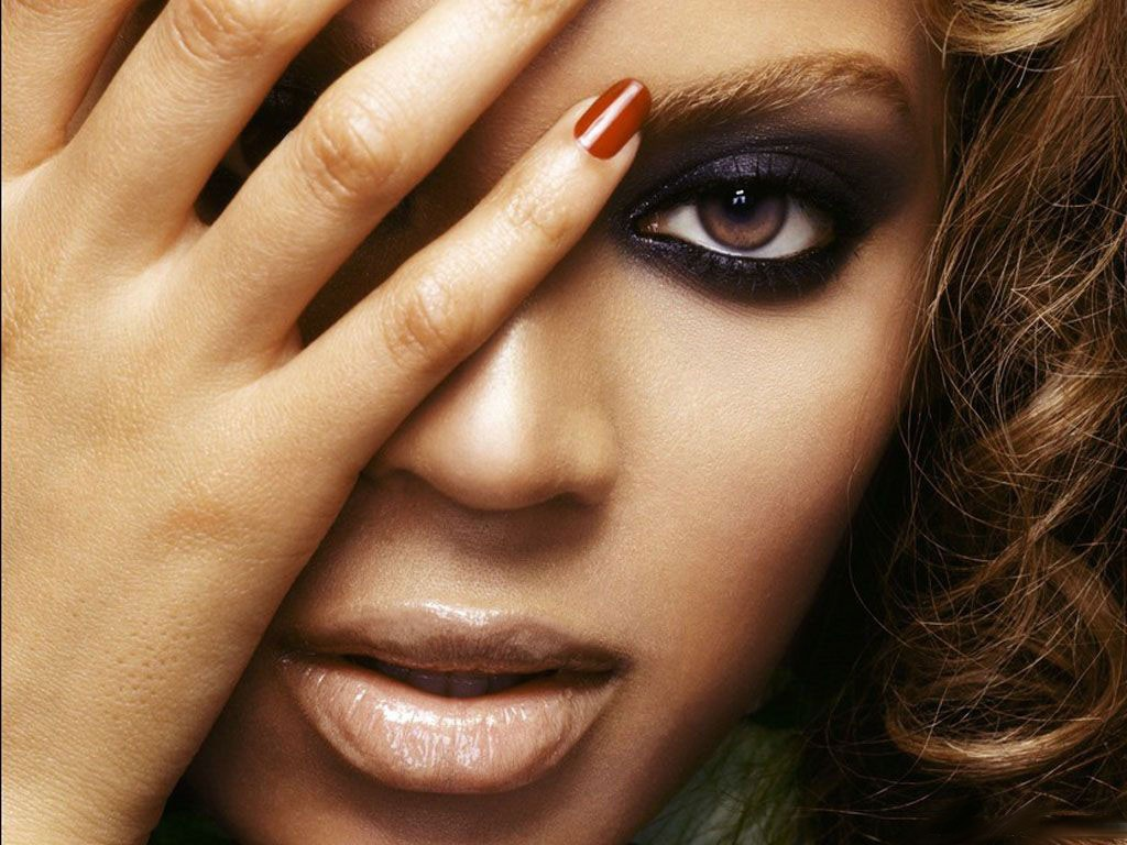 Beyonce Knowles cute Wallpapers