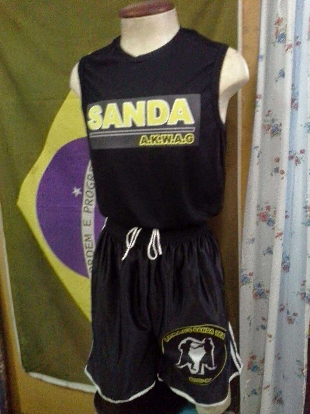Roupa de Sanda