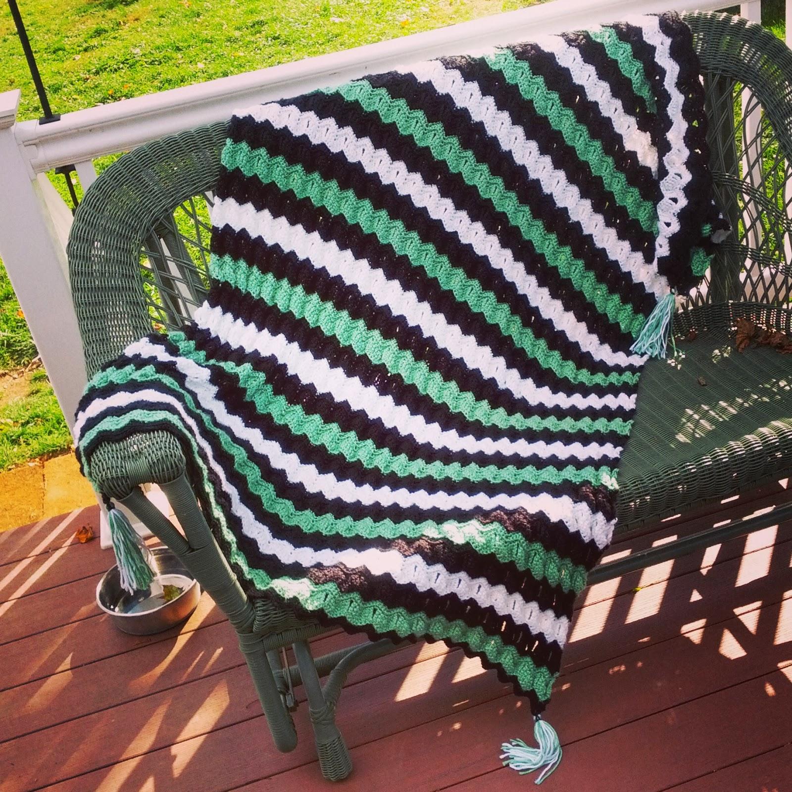 Vintage Fan Ripple Blanket   Becky\'s Bonnets
