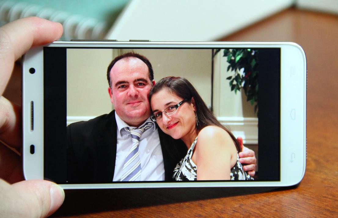 Alcatel OneTouch Idol 2 S Smartphone HD screen