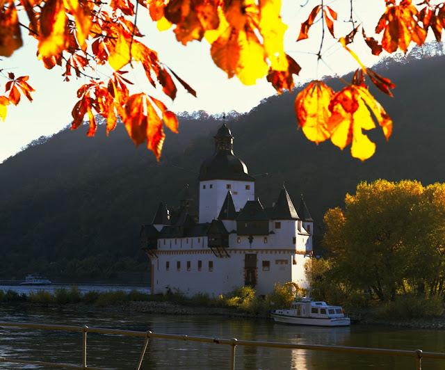Castle Pfalzgrafenstein near Kaub, Germany. Photo: © German National Tourist Office. Unauthorized use is prohibited.