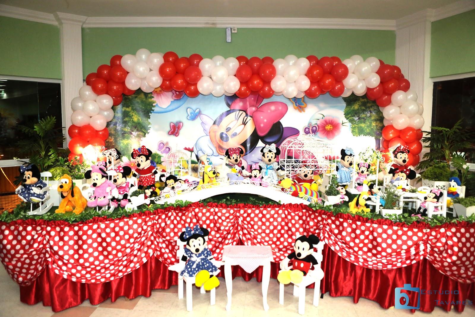 Mesa decorada já oferecida pelo Buffet Melekete