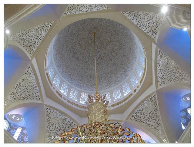 Sheikh Zayed Grand Mosque, Abu Dhabi, United Arab Emirates, UAE