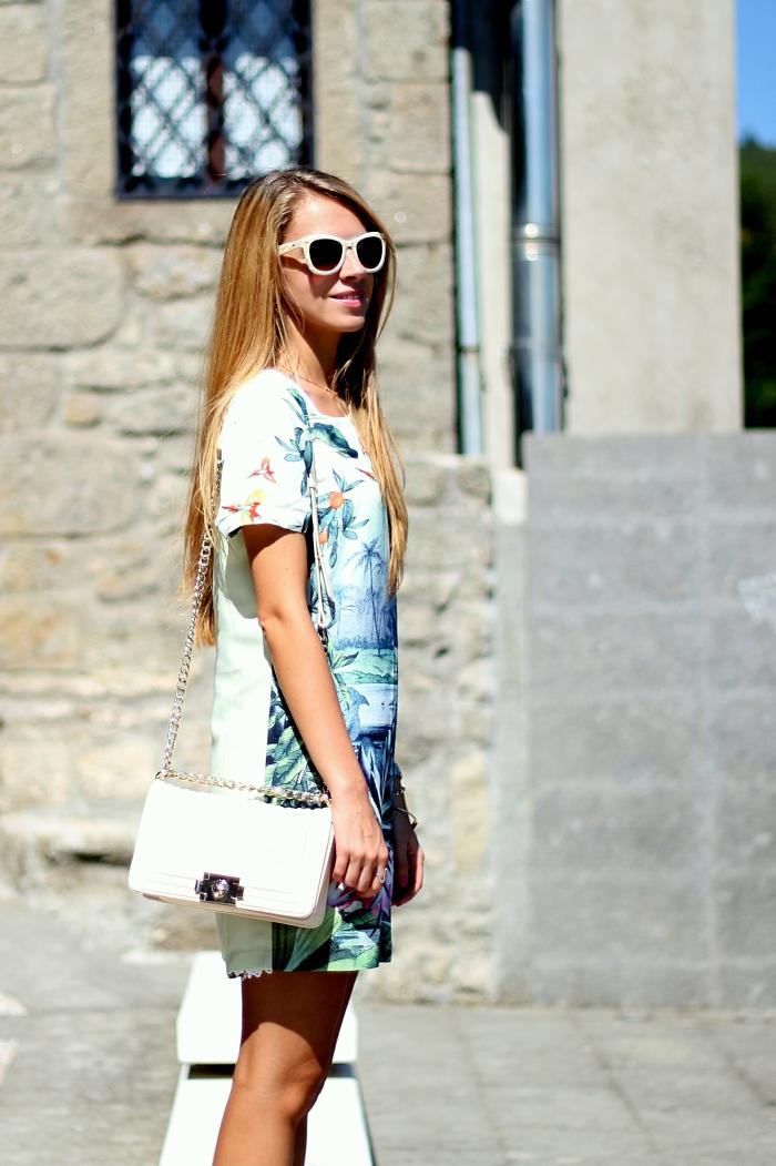 green dress, casual, traveling, Mango sunglasses, h&m flats