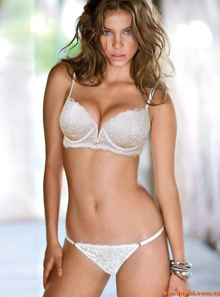 celebrities in hot bikini barbara palvin hungarian model in bikini. Black Bedroom Furniture Sets. Home Design Ideas