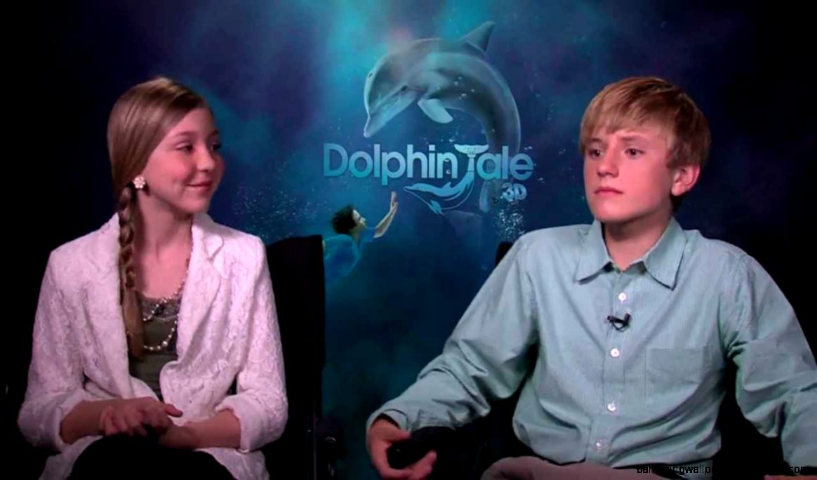 My Fun Interview with the Kids of Dolphin Tale   YouTube