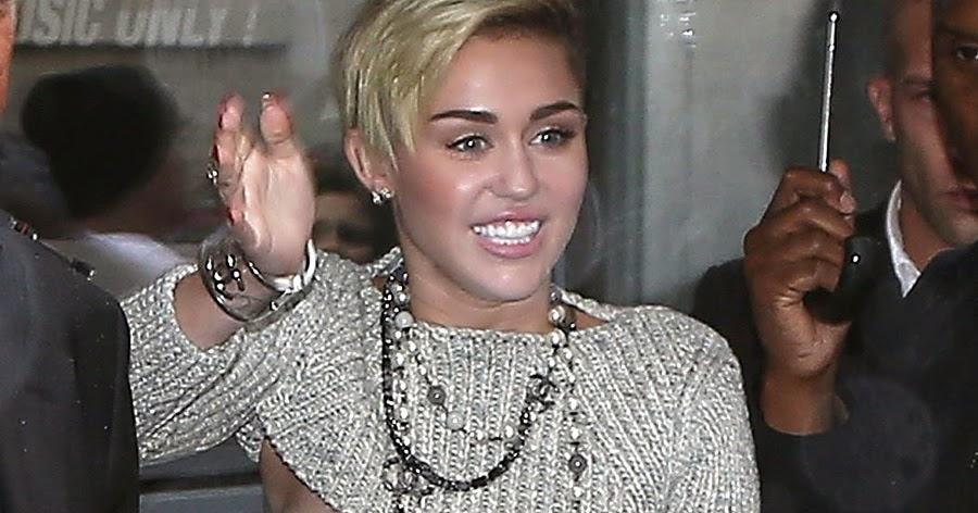 Miley cyrus nu nip slip