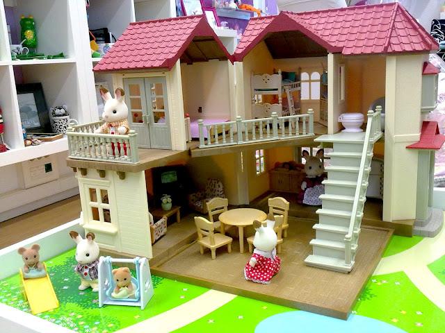 regalazos sylvanian families vuelta a lo cl sico. Black Bedroom Furniture Sets. Home Design Ideas