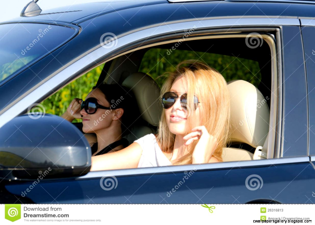 Two Women In A Luxury Car Stock Photos   Image 26316813