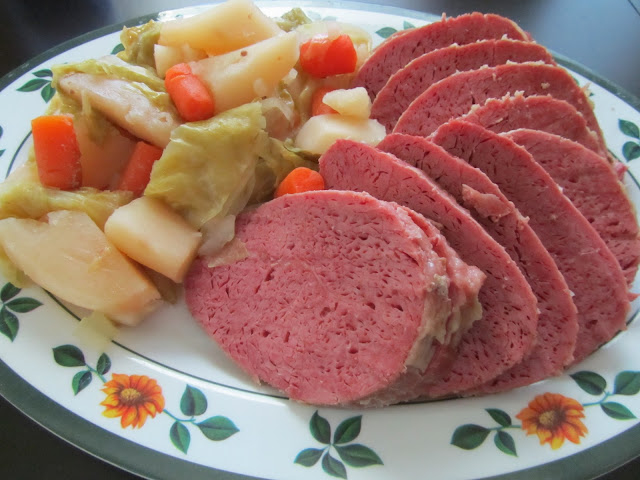Pinning with Purpose: Slow Cooker Corned Beef and Cabbage