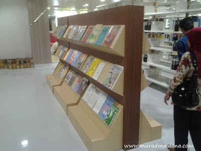 Contoh Model Rak Perpustakaan Koleksi Jurnal di ITB (2)