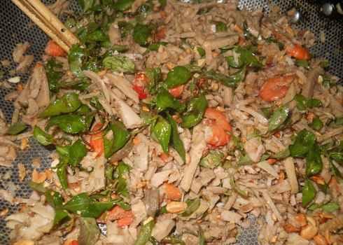 Ngọt vị vả trộn tôm miền Trung, mónn gon miền trung, ẩm thực miền trung, món ăn dân dã, ẩm thực 3 miền, ẩm thực, kham pha am thuc, tin am thuc, am thuc do day