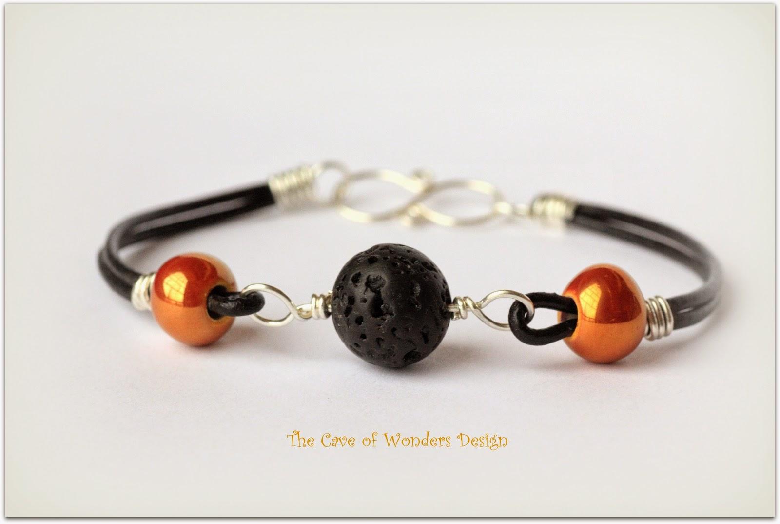 http://it.dawanda.com/product/51821775-Lederarmband-Silber-Lava-Keramik-unisex