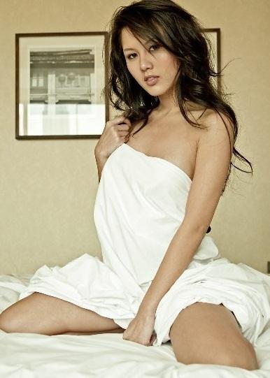 julia woon5