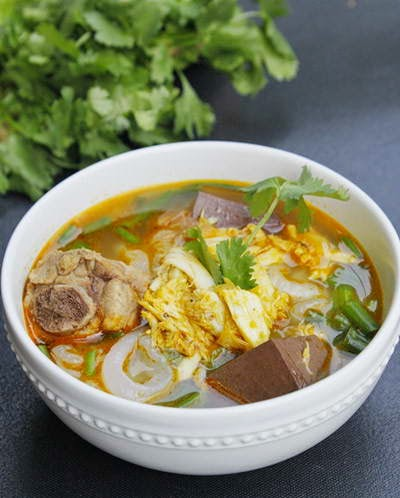 Vietnamese Noodle Recipes - Bánh Canh Cua