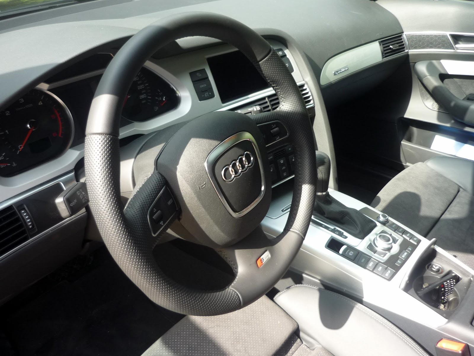 Guitigefilmpjes picture update audi a6 3 0 tdi avant s line for Audi a6 4f interieur
