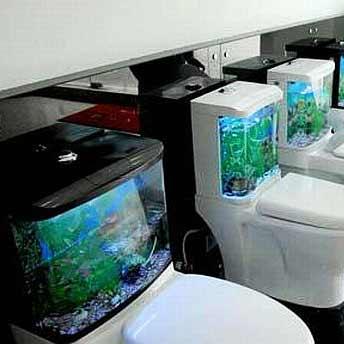 toilet aquarium yang menambah suasana menjadi rileks. Black Bedroom Furniture Sets. Home Design Ideas