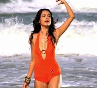 Hot Sarah Jane in Kya Super Kool Hai Hum