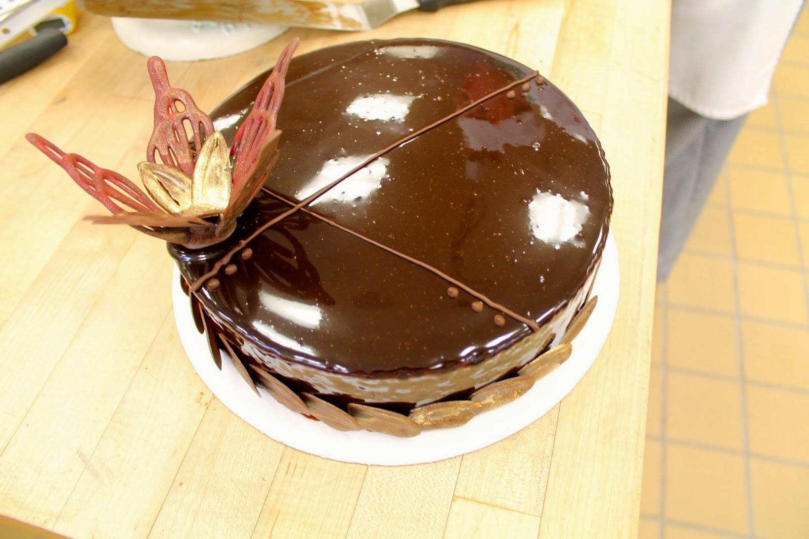 Sponge Cake With Chocolate Ganache