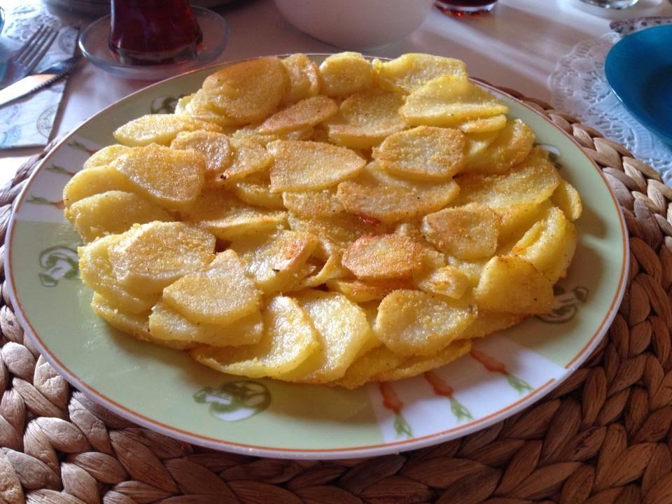 Lezzetzade: Patates Tava Tarifi (misir unlu patates ...
