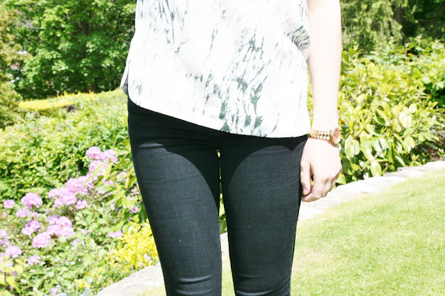 Katherine Penney Chic Style Fashion Smart Classic Outfit ootd Marble Black jeans ASOS Zara Summer