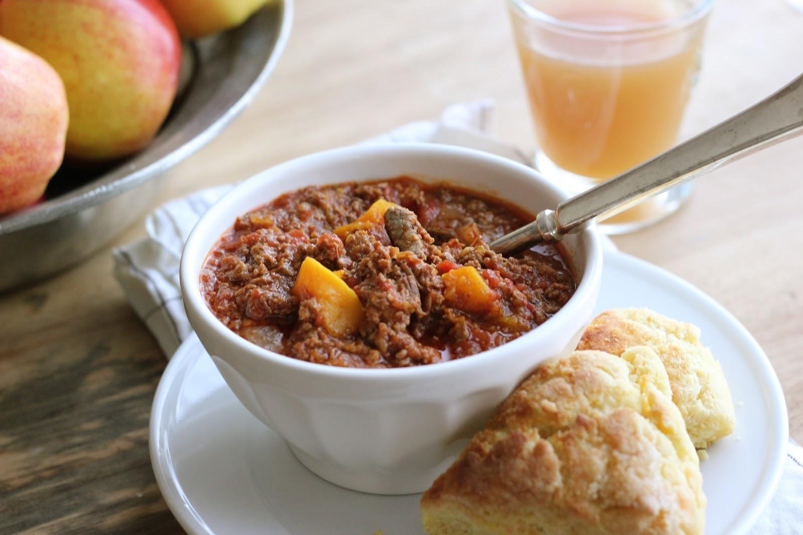Jenny Steffens Hobick: Butternut & Beef Chili | Fall Recipe