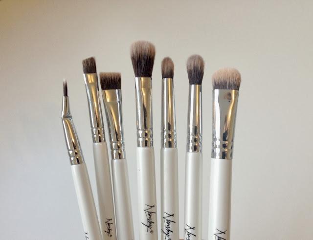 The Nanshy Eye Brush Set